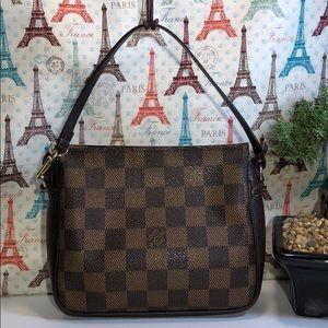 Authentic Louis Vuitton Damier Trousse Clulch